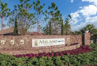 Entrance at Milano