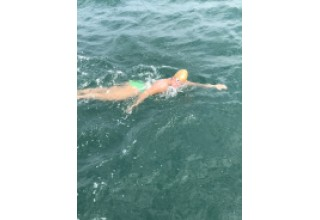 Abigail Bergman swimming the English Channel
