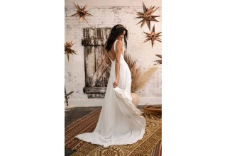 The New Boho Bridal Collection from All Who Wander is Here