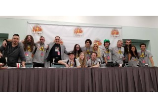 Erin Áine (center) with the 'ZombieCON' panelists at LA Comic Con