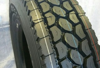 11R24.5 #617 Road Warrior drive Tires