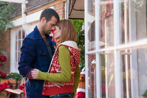'Tis the Season for Romance: Jill Shalvis' 'The Trouble With Mistletoe' Exclusive on Passionflix This Holiday Season